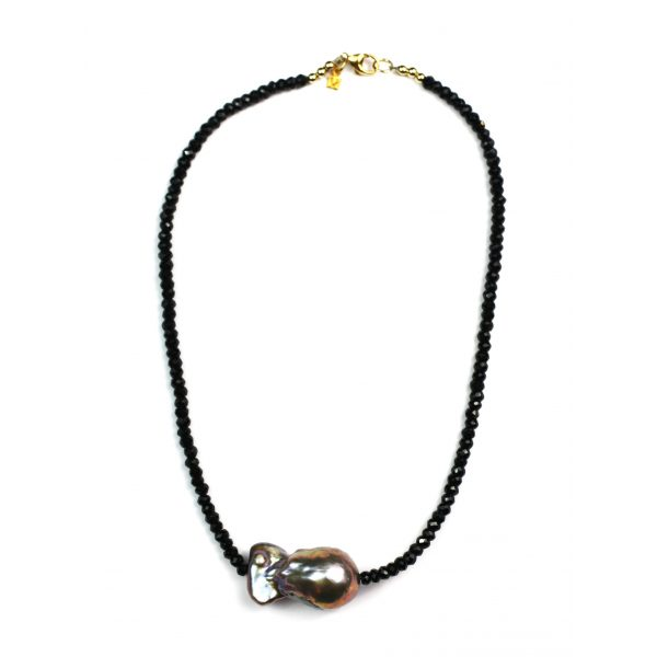 Black Spinel / Peacock Pearl